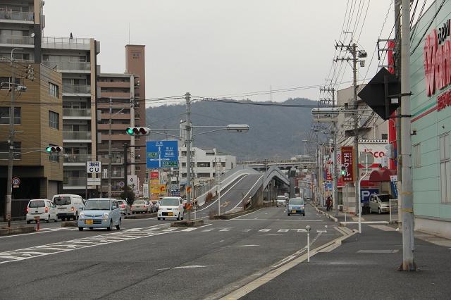 国道31号線・海田町栄町付近を歩く その1_b0095061_9162910.jpg