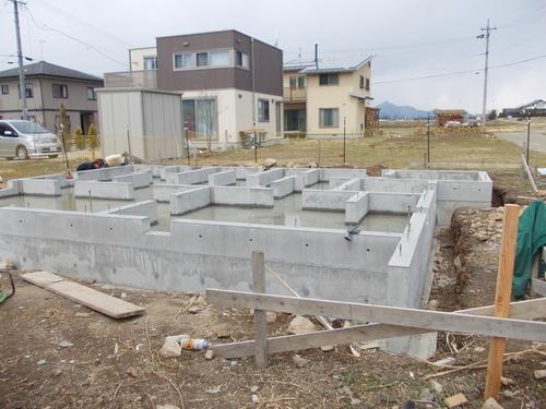 安曇野市明科A邸基礎完成しました。_c0218716_1842337.jpg