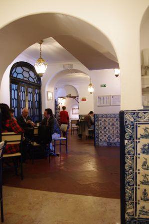 リスボンの旅 その5〜素朴なポルトガルのお菓子たち_e0114020_404228.jpg