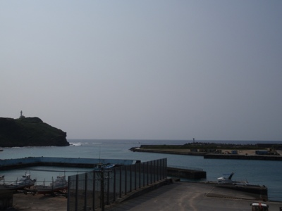 4月 4日 与那国(ナーマ浜までの道)観察日記。_b0158746_1810758.jpg