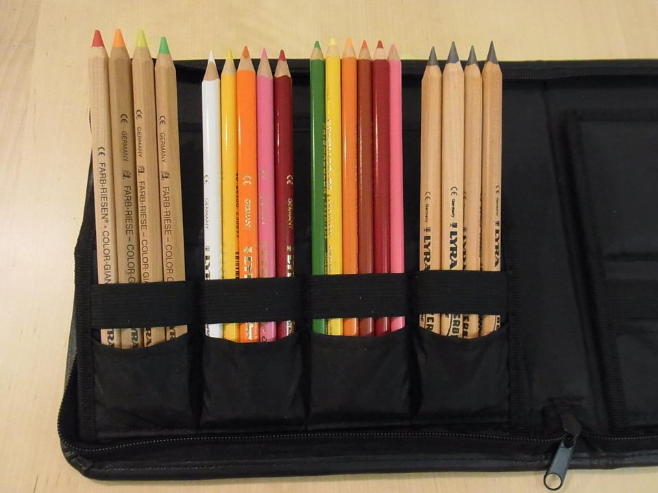 色鉛筆を連れて出かけよう!_a0121669_12204238.jpg