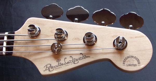 「Black MetallicのPsychomaster Bass 1本目」が完成〜!_e0053731_17514328.jpg