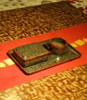 新潟漆の竹塗りデザインの至宝が珈琲『涼蔵』(すずくら)さんにある。_d0178448_1564189.jpg