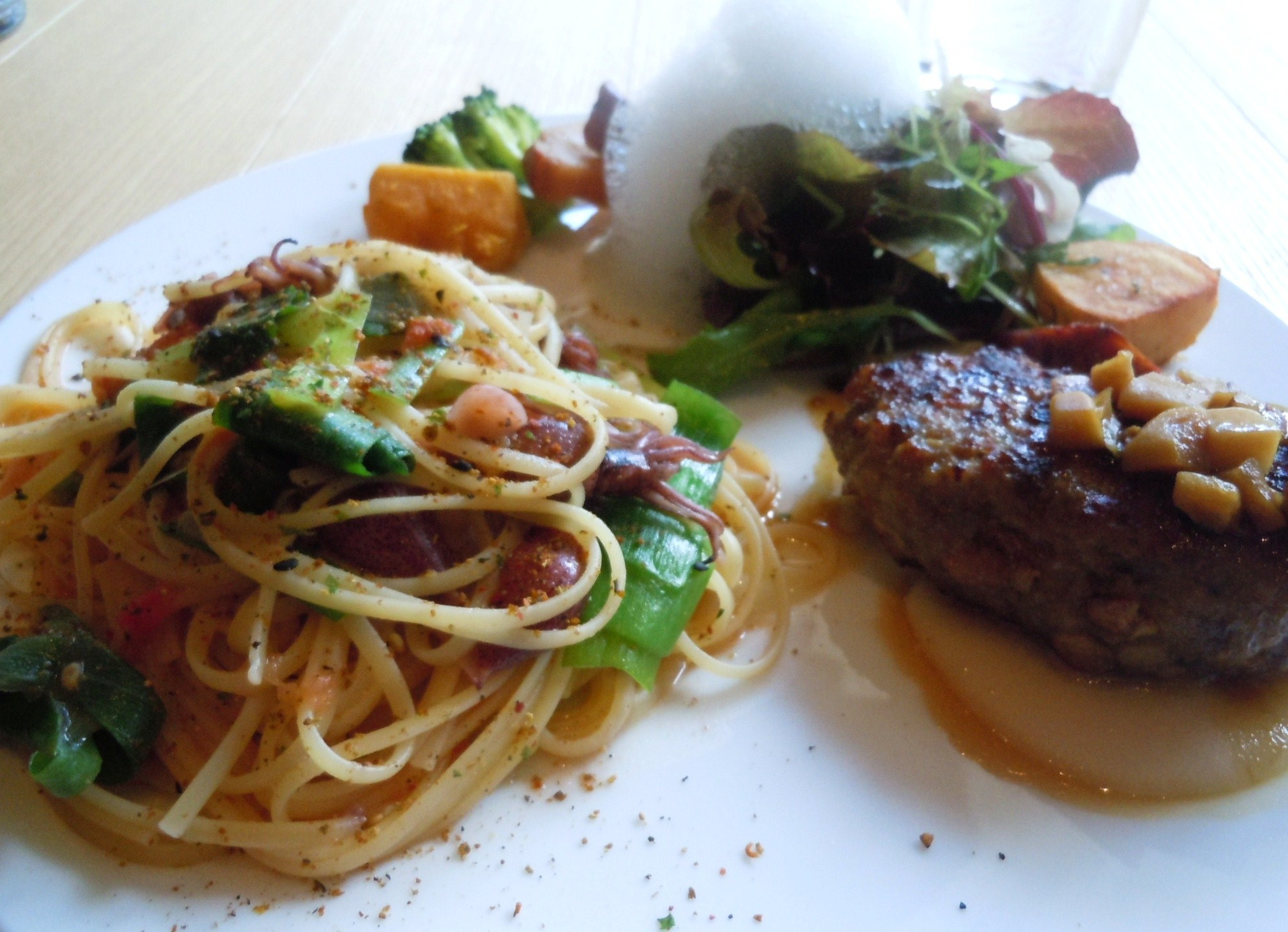 レストラン Code kurkku_c0213220_2151178.jpg