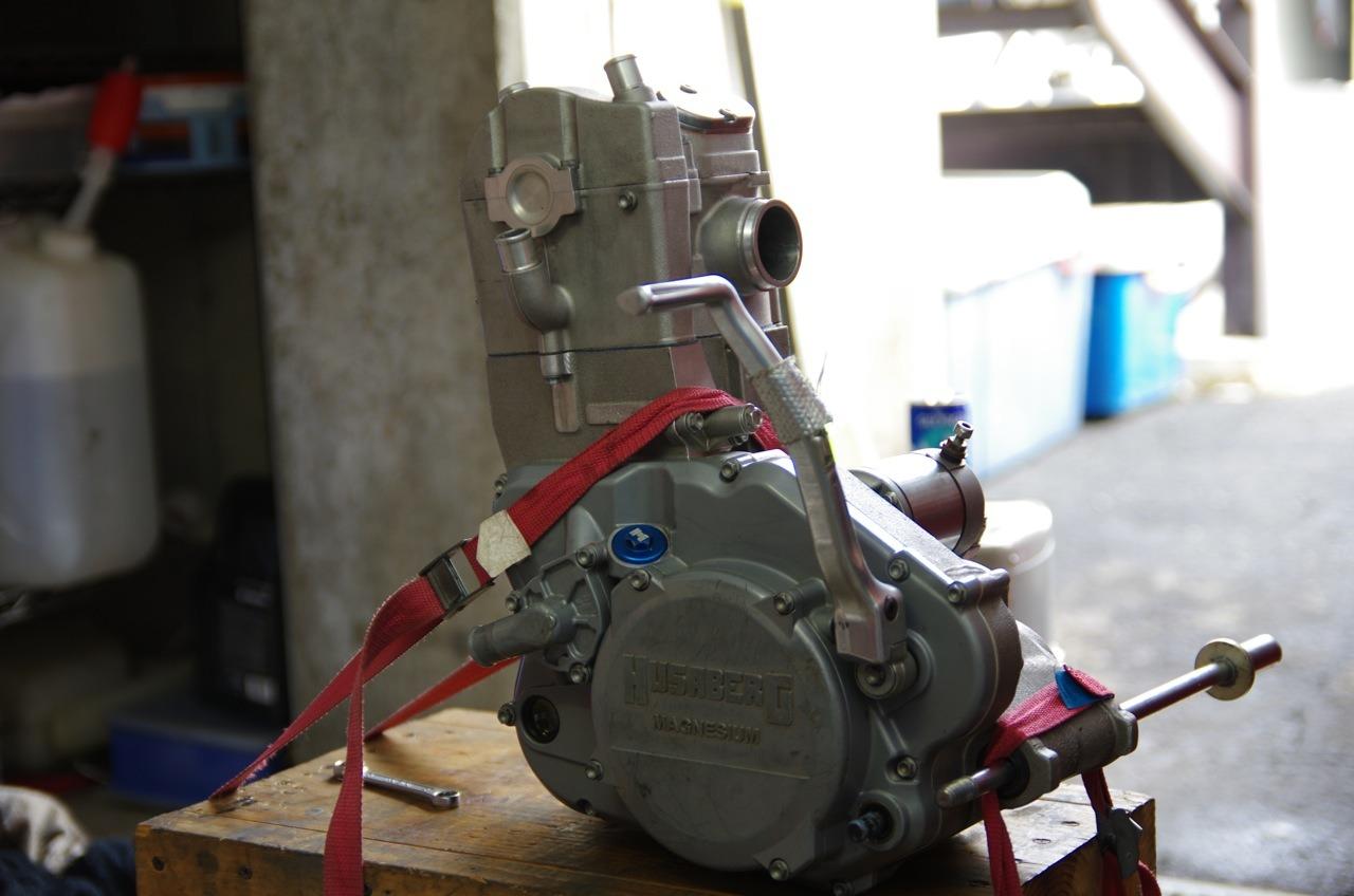 【フサベル】エンジン完成、、、、、あ(汗)_e0159646_22102048.jpg