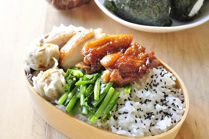 野球弁当と鶏の照り焼き弁当_b0171098_7214046.jpg