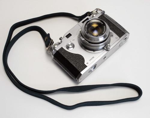 自作ストラップのカメラ合わせ_d0130640_12542672.jpg