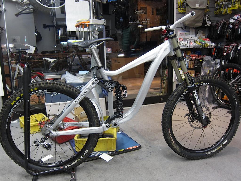 2012 M氏のレースバイク_e0069415_1152560.jpg