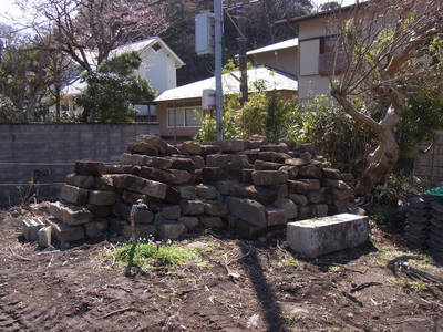 たくさん、石がある_a0122098_16293989.jpg