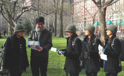ニューヨークの街角即興集団、Improv Everywhereのエイプリル・フール_b0007805_2094669.jpg