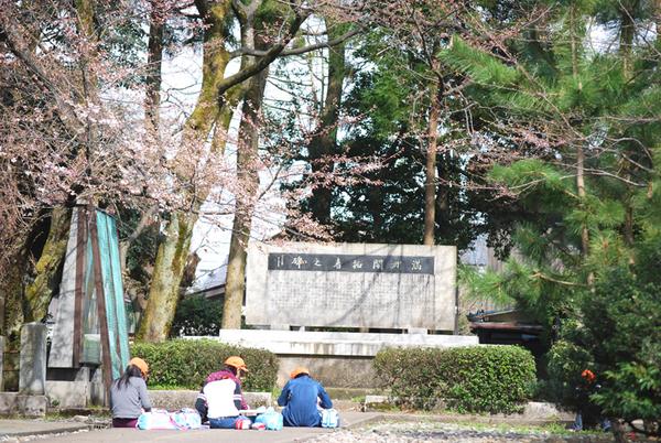 さくら&春山小学校_f0067122_10111153.jpg