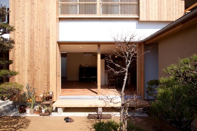 中庭のある家_e0118649_6313930.jpg