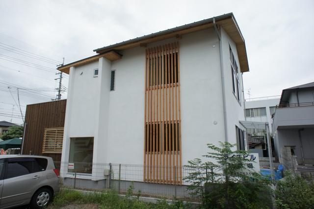 空窓の家_e0118649_663410.jpg