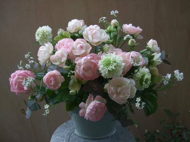 オークリーフ(薔薇と草花のアレンジメント)_f0049672_11544823.jpg