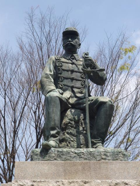 谷千城(たにたてき)の銅像_b0228113_1021472.jpg