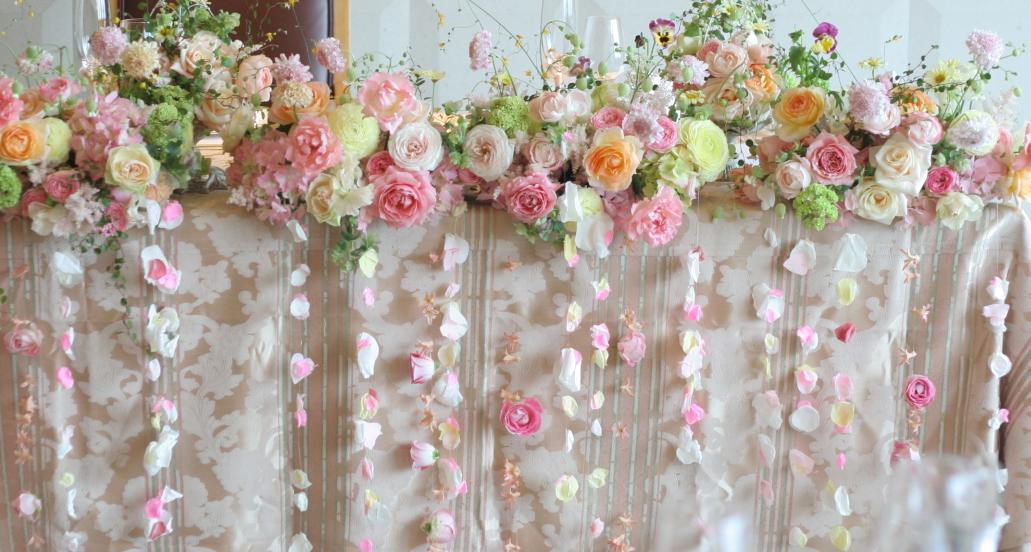 幸せってこういうこと、という花     あるホテル様のレストランウエディング_a0042928_17452413.jpg