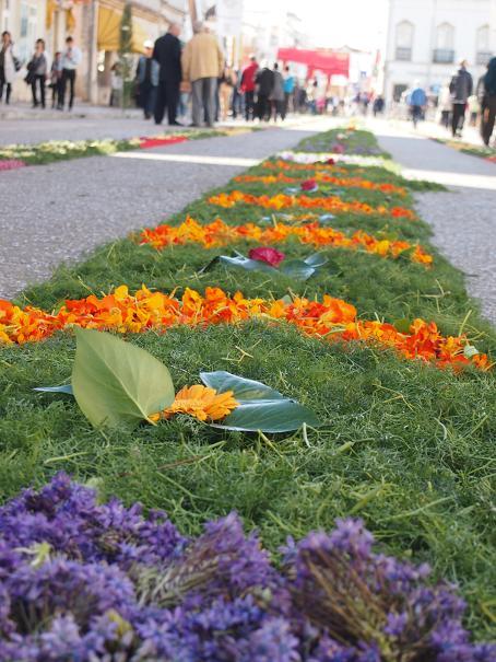 年に一度のお楽しみ・・・男の花祭り_f0152733_21503835.jpg