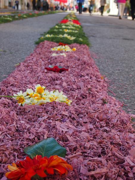 年に一度のお楽しみ・・・男の花祭り_f0152733_21519100.jpg