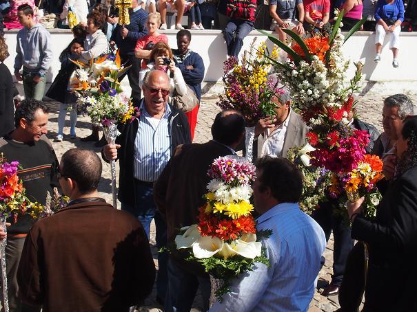 年に一度のお楽しみ・・・男の花祭り_f0152733_21553688.jpg