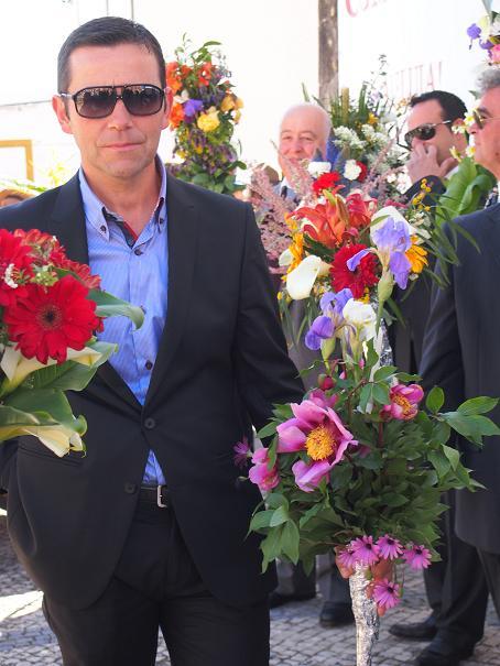 年に一度のお楽しみ・・・男の花祭り_f0152733_215583.jpg