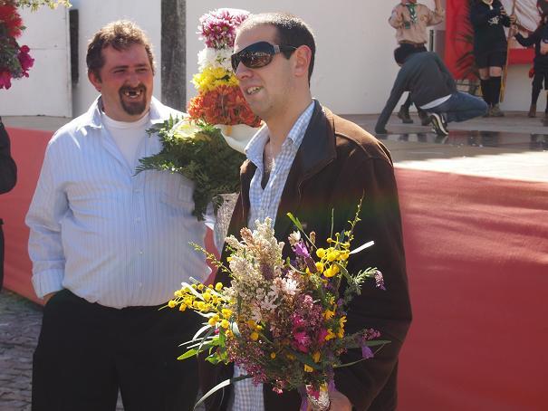 年に一度のお楽しみ・・・男の花祭り_f0152733_21565220.jpg