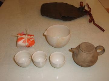台湾茶を西川さんのうつわで_b0132442_18255279.jpg