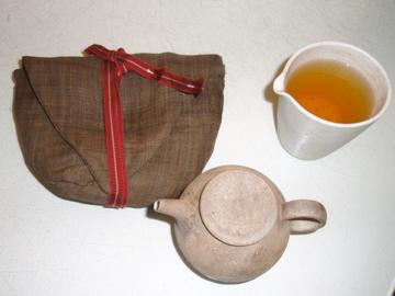 台湾茶を西川さんのうつわで_b0132442_18272759.jpg