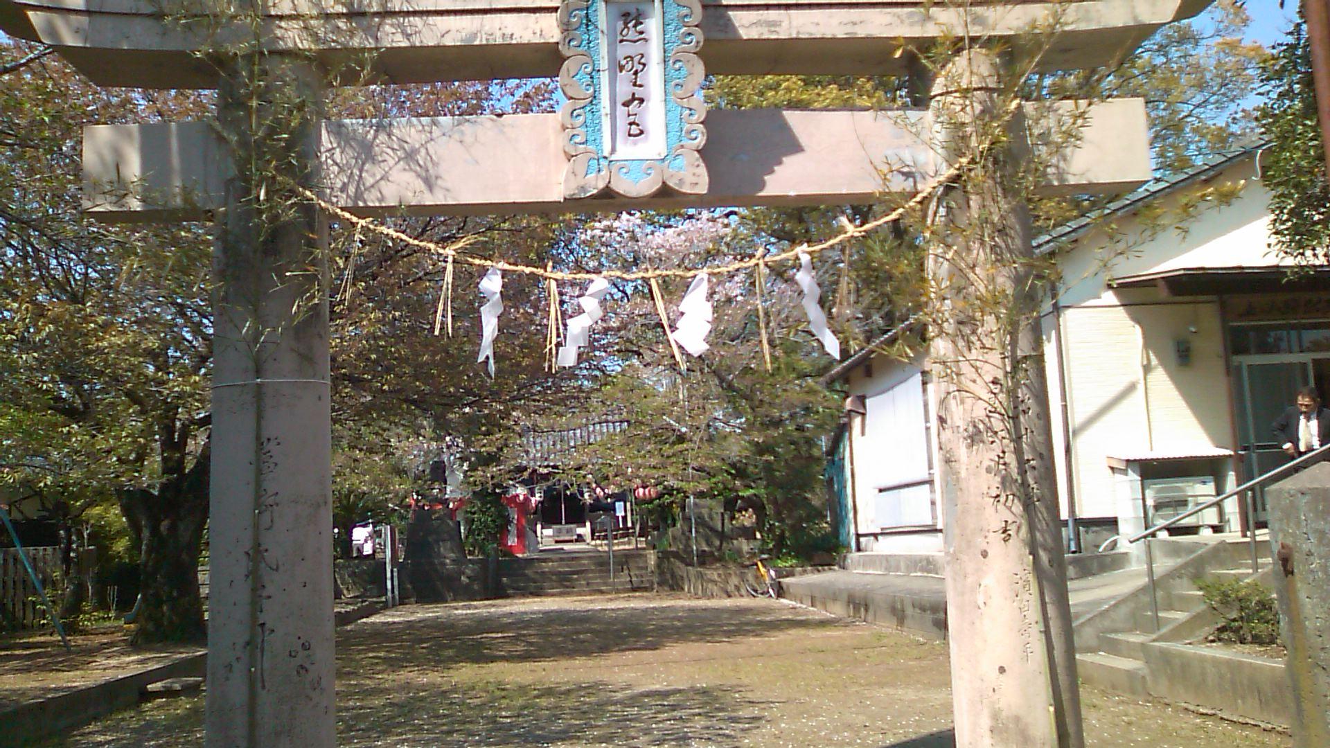 春の例大祭 夜神楽♪_b0115751_23143736.jpg