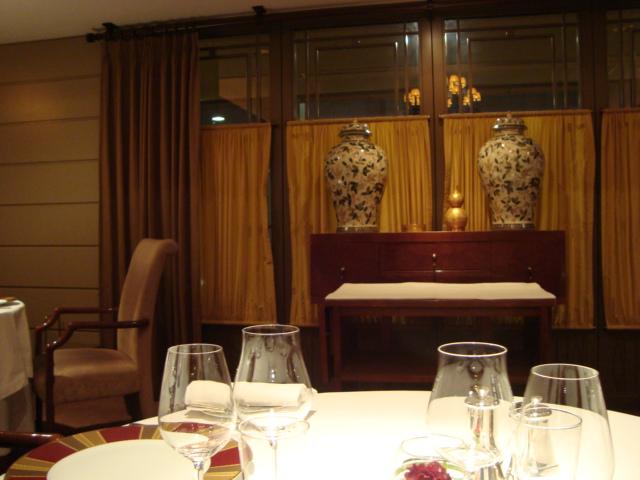 銀座・帝国ホテル「レ セゾン」へ行く。_f0232060_17315093.jpg