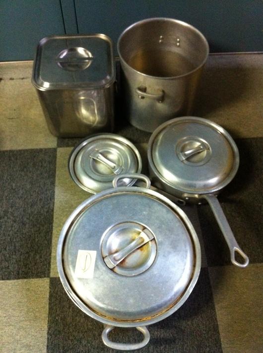 【被災地支援プロジェクト】 4/12福島県相馬市へ業務用厨房用具を送りました。_b0076951_3473147.jpg