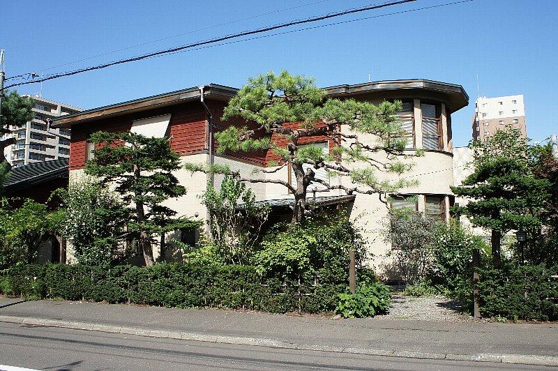 札幌の旧城下医院_c0112559_1547140.jpg
