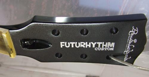 J太郎くんオーダーの「FUTURHYTHM #004」を着色。_e0053731_183825100.jpg