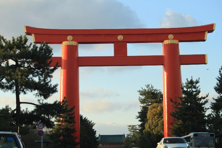 桜<平安神宮前>_c0180971_2134243.jpg