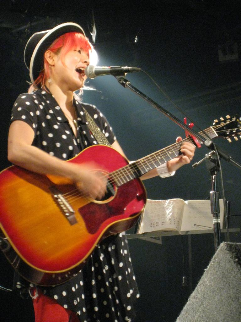 KINAKO BLUES_f0115311_2485317.jpg