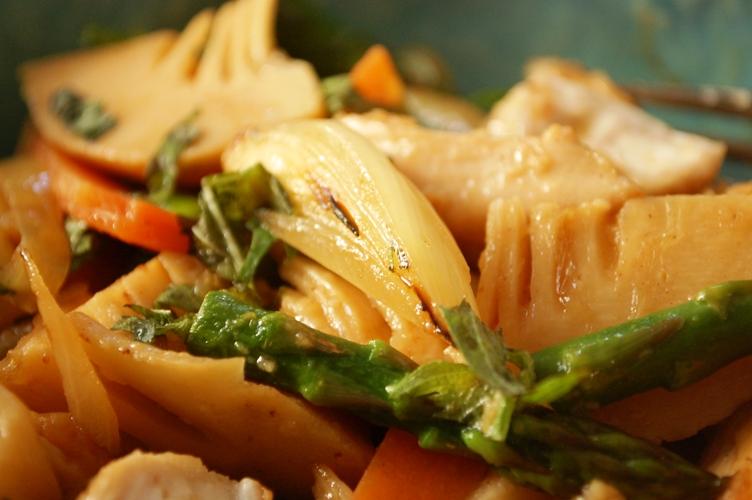 お箸で食べたい♪照り焼きチキンとオクラの和風パスタ_d0104926_119495.jpg