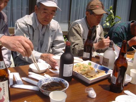 平成18年:「筍掘り & 筍パーティー」 in 廣田邸_c0108460_0481436.jpg