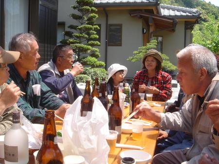 平成18年:「筍掘り & 筍パーティー」 in 廣田邸_c0108460_0482953.jpg