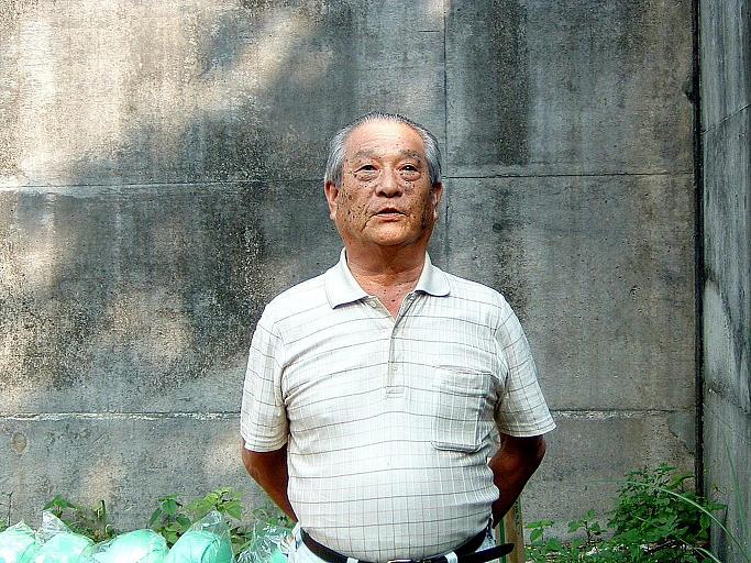 橋詰壽男 (高知市)_a0050405_644696.jpg