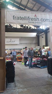 シドニーのイタリア食材店でお買い物_a0098948_138893.jpg