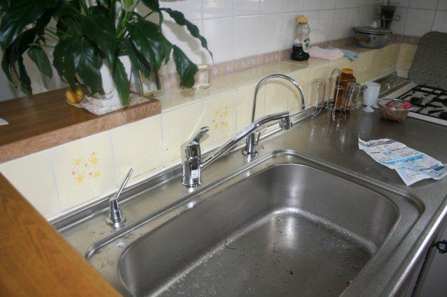 塗装工事が終盤に 合わせてキッチン周りもキレイに_e0207151_14414185.jpg