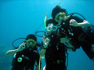 ご家族で体験ダイビング!!_f0144385_1220328.jpg