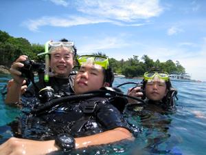 ご家族で体験ダイビング!!_f0144385_12221524.jpg