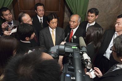 2012.4.20  原子力規制委員会設置法案提出_a0255967_16285738.jpg