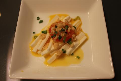 おいしいコチュジャンで、鶏とじゃがいもの甘辛鍋、タッポクムタン_a0223786_16234077.jpg