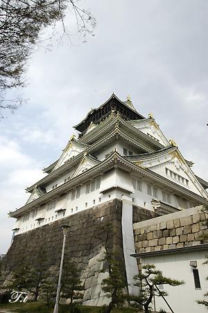 大阪城で桜見。_c0070460_19113157.jpg