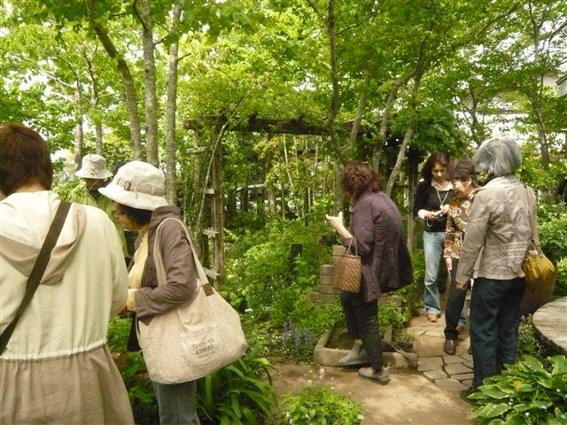 今日は日向市から宮崎のお庭ツアー・・・20名_b0137969_17385858.jpg