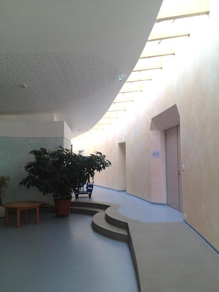 シュタイナー幼稚園を訪れました☆_f0037258_22474449.jpg