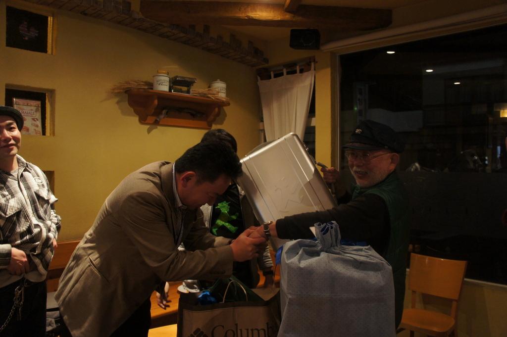 青柳陽一写真家50周年記念パーティー!_c0180686_14271641.jpg