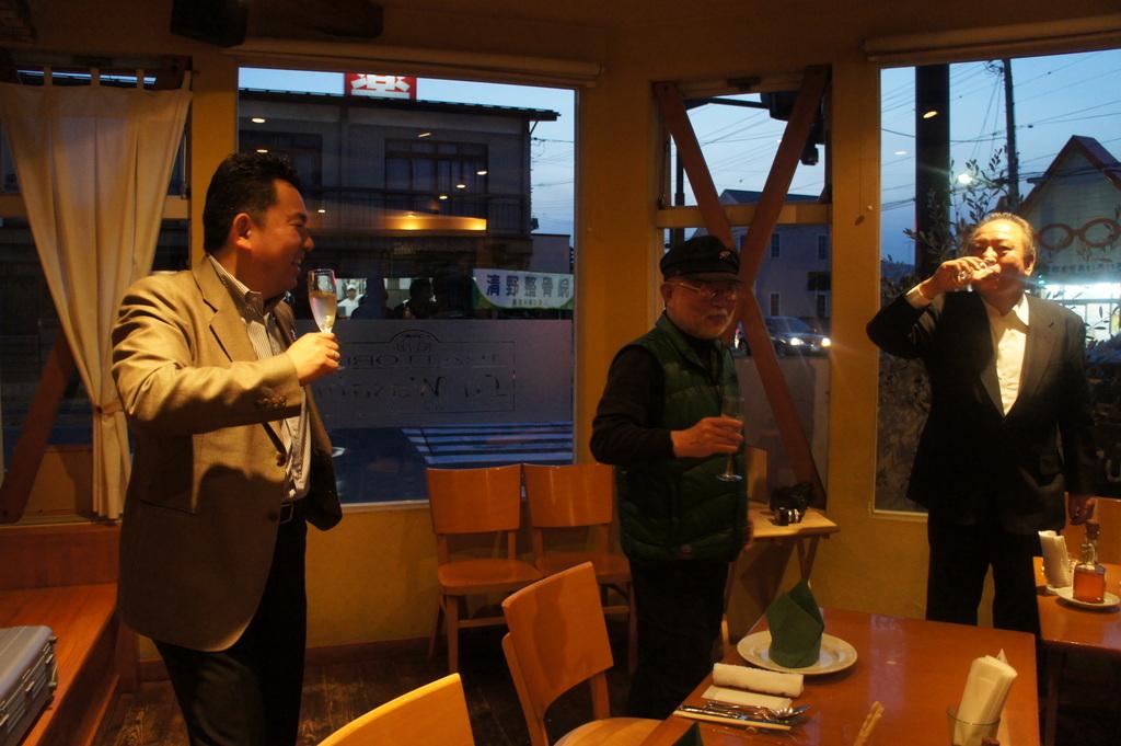 青柳陽一写真家50周年記念パーティー!_c0180686_14372491.jpg