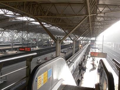 中国出張2010年11月(III)-第五日目-南京-上海高鉄(新幹線)移動_c0153302_1864250.jpg